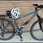 Vélo rando et casque